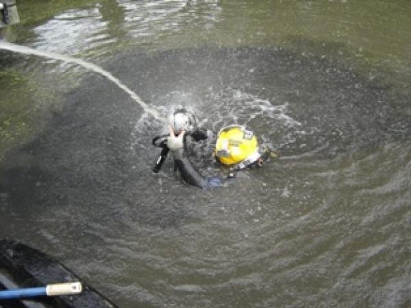 2005 Haarlem, munitiedetectie 't Spaarne