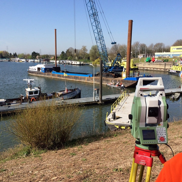 2015 Arnhem, monitoren leidingafdekking KEMA Rosandepolder